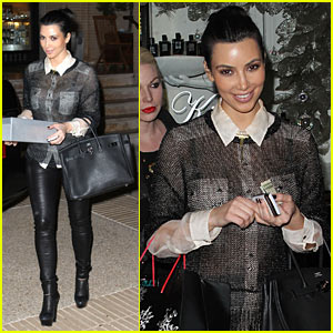 Kim Kardsashian: Post-Christmas Shopping!