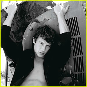 Nick Roux: 'Lemonade Mouth' Model!