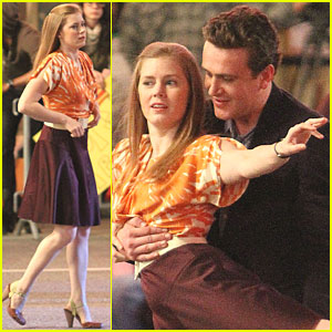 Amy Adams & Jason Segel: 'Muppets' Dance Scene!