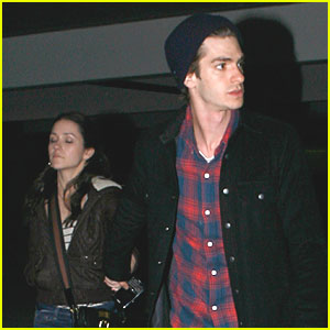 Andrew Garfield & Shannon Woodward: Movie Night!