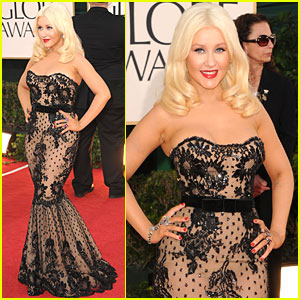 Christina Aguilera - Golden Globes 2011 Red Carpet