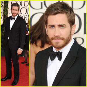 Jake Gyllenhaal - Golden Globes 2011 Red Carpet