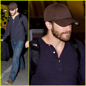 Jake Gyllenhaal: Low Key LAX Landing