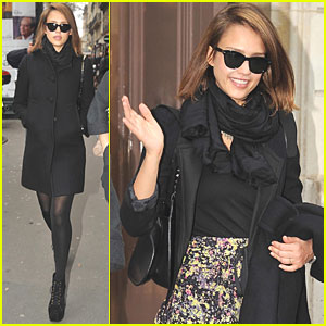 Jessica Alba: Gucci Boutique in Paris!