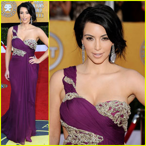 Kim Kardashian - SAG Awards 2011 Red Carpet