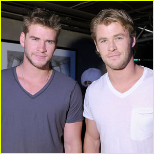 Chris Hemsworth: Oakley Party with Liam!