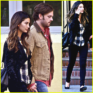 Caleb Followill & Lily Aldridge: Late Lunch in Nashville!