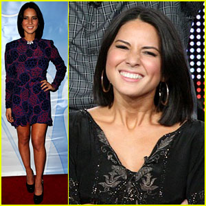 Olivia Munn: 'Perfect Couples' TCA Panel!