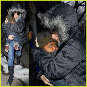 Sandra Bullock & Louis: Bundled Up in the Big Apple!