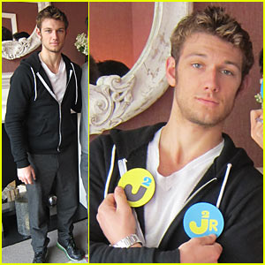 Alex Pettyfer Interview - JustJared.com Exclusive!