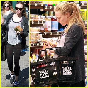 Amanda Seyfried: Whole Foods Shopper