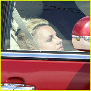 Britney Spears: Pizza Pit Stop!