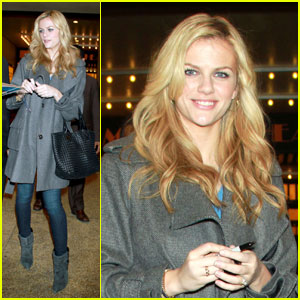 Brooklyn Decker Just Goes to 'The Seven'