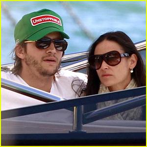 Demi Moore & Ashton Kutcher: St. Barts Getaway!