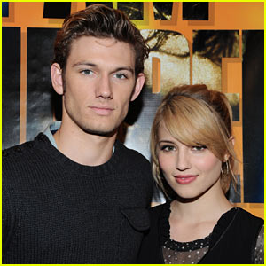 Dianna Agron & Alex Pettyfer: Engaged? Nope!
