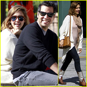 Jessica Alba: Baby Bump in Beverly Hills!