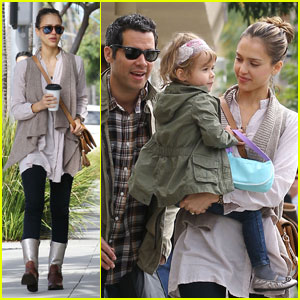 Jessica Alba: Beverly Hills Brunch with Cash &#038; Honor!