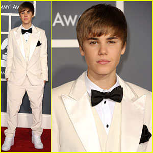 Justin Bieber - Grammys 2011 Red Carpet
