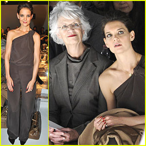 Katie Holmes: Max Mara Fashion Show in Milan!