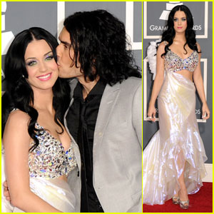 Katy Perry: Grammys 2011 Red Carpet with Russell Brand!