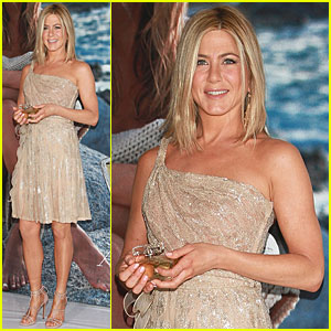 Jennifer Aniston: Perfume Launch in Mexico City!