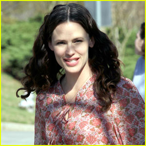 Jennifer Garner Films 'Odd Life of Timothy Green'