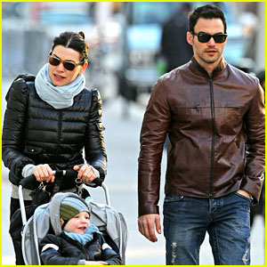 Julianna Margulies & Keith Lieberthal: Soho Sunday Stroll