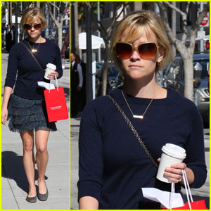 Reese Witherspoon Takes Teuscher To Go