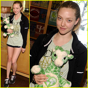 Amanda Seyfried: Greenzys Earth Day Celebration!