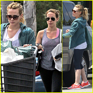 Hilary & Haylie Duff: Bed Bath & Beyond Shoppers