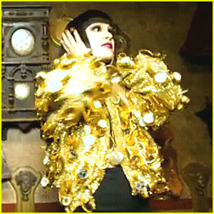 Jessie J: 'Nobody's Perfect' Video Debut!