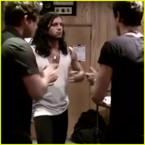 Kings of Leon: 'Talihina Sky' Trailer!