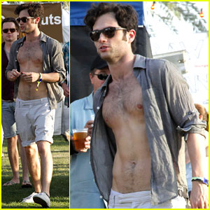Penn Badgley: Shirtless at Coachella!