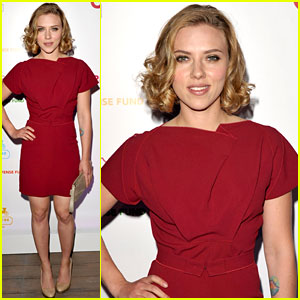 Scarlett Johansson: Coach Cocktail Party!