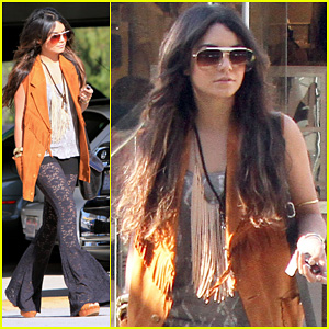 Vanessa Hudgens: Westfield Mall Shopping Spree!