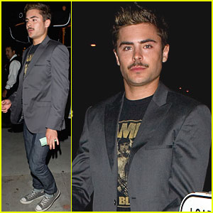 Zac Efron: The 'Stache is Back!