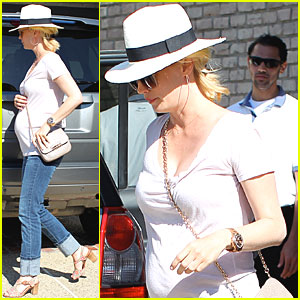 January Jones: Memorial Day Baby Bump!