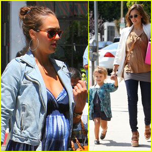 Jessica Alba: Baby Bump in Beverly Hills