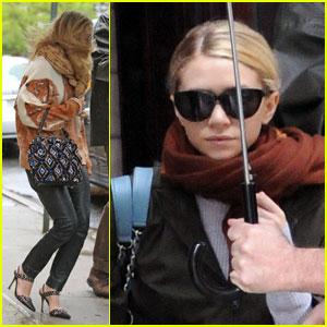 Mary-Kate & Ashley Olsen: Rain, Rain, Go Away!