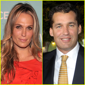 Molly Sims: Engaged to Scott Stuber!