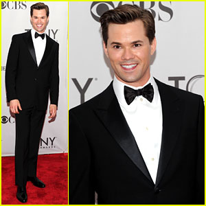 Andrew Rannells - Tony Awards 2011 Red Carpet