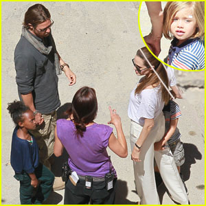 Shiloh &#038; Zahara Jolie-Pitt: 'World War Z' Set Visit!