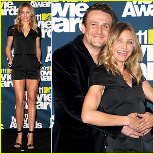 Cameron Diaz: MTV Movie Awards 2011 with Jason Segel!