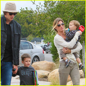 Gisele Bundchen & Tom Brady: Father's Day at Taverna Tony!