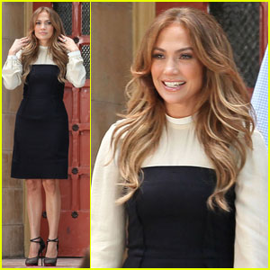 Jennifer Lopez: Boys & Girls Club Photo Call!