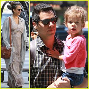 Jessica Alba: Yale Reunion with Cash Warren!