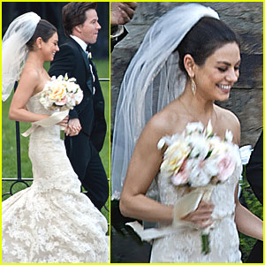 Mila Kunis: Wedding Dress for 'Ted'!