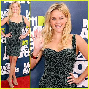 Reese Witherspoon - MTV Movie Awards 2011 Red Carpet