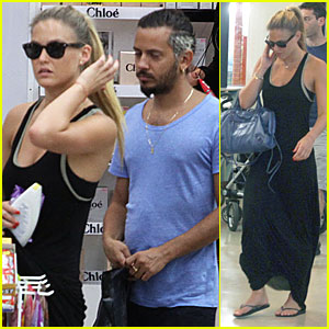 Bar Refaeli: Shopping in Tel Aviv!