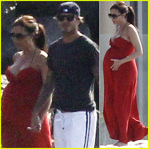 David & Victoria Beckham: Anniversary at the Beach!